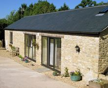 Snaptrip - Last minute cottages - Cosy Bruton Barn S7809 -