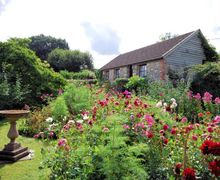 Snaptrip - Last minute cottages - Wonderful Chard Cottage S7969 -