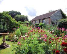 Snaptrip - Holiday cottages - Wonderful Chard Cottage S7969 -