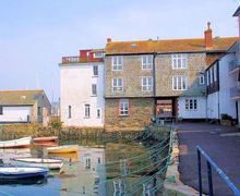 Snaptrip - Last minute cottages - Luxury Falmouth House S8019 -