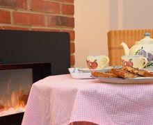 Snaptrip - Last minute cottages - Splendid Norwich Cottage S7577 -