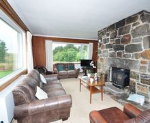 Snaptrip - Last minute cottages - Exquisite Isle Of Lewis House S9144 -