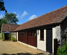 Snaptrip - Last minute cottages - Splendid Weston Super Mare Barn S25091 -