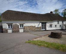 Snaptrip - Last minute cottages - Wonderful South Molton House S37575 -