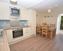 Snaptrip - Last minute cottages - Superb Bude House S38623 -