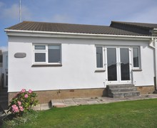Snaptrip - Last minute cottages - Stunning Bude Bungalow S40537 -