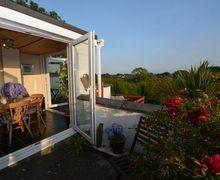 Snaptrip - Last minute cottages - Adorable Brynteg Cottage S41341 -