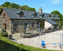 Snaptrip - Last minute cottages - Quaint Llanfyllin Barn S45539 -