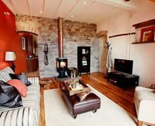 Snaptrip - Last minute cottages - Quaint Brecon Cottage S45921 -