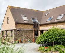 Snaptrip - Last minute cottages - Quaint Bideford House S49801 -