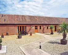 Snaptrip - Last minute cottages - Lovely Melton Constable Cottage S17503 -