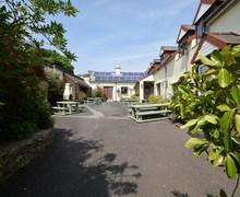 Snaptrip - Last minute cottages - Wonderful Ilfracombe Cottage S57775 -