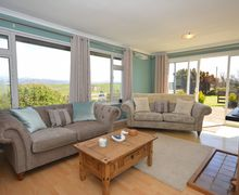 Snaptrip - Last minute cottages - Exquisite Borth Bungalow S50393 -