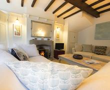 Snaptrip - Last minute cottages - Superb Baslow Cottage S59059 -