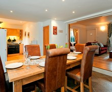 Snaptrip - Holiday cottages - Delightful Burley Cottage S70616 -