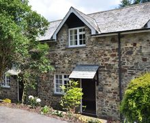 Snaptrip - Last minute cottages - Attractive Barnstaple Cottage S8179 -