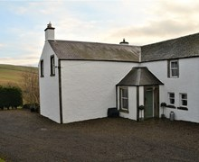 Snaptrip - Last minute cottages - Attractive Heriot House S73125 -