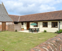 Snaptrip - Holiday cottages - Beautiful North Walsham Cottage S17571 -