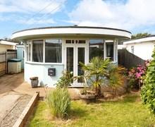 Snaptrip - Last minute cottages - Splendid Pevensey Bay Cottage S72497 -