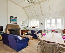 Snaptrip - Last minute cottages - Cosy Icklesham House S72542 -