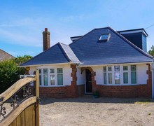 Snaptrip - Last minute cottages - Exquisite Camber House S72468 -