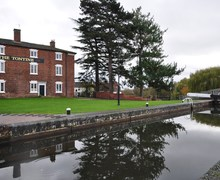 Snaptrip - Last minute cottages - Attractive Stourport On Severn House S72937 -