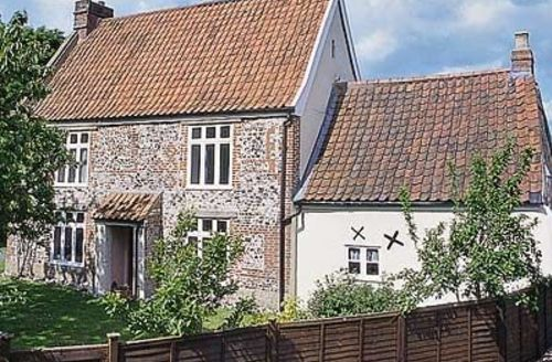 Snaptrip - Last minute cottages - Excellent Norwich Cottage S17595 -