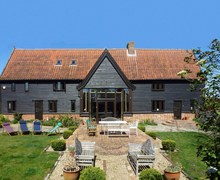 Snaptrip - Last minute cottages - Splendid Diss Barn S73126 -