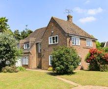Snaptrip - Last minute cottages - Superb Moreton In Marsh House S77300 -