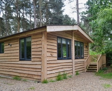 Snaptrip - Last minute cottages - Exquisite Sheringham Lodge S17615 -