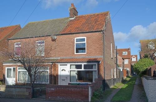 Snaptrip - Last minute cottages - Splendid Sheringham Cottage S17625 -