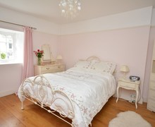 Snaptrip - Last minute cottages - Inviting Yelverton Cottage S8867 -