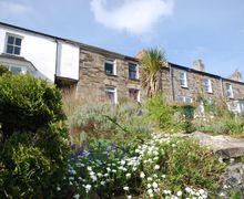 Snaptrip - Holiday cottages - Delightful Wadebridge Cottage S8399 -