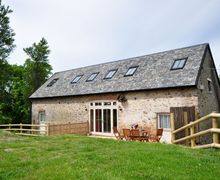 Snaptrip - Last minute cottages - Wonderful Ilfracombe Barn S8410 -