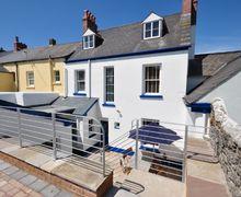Snaptrip - Last minute cottages - Exquisite Bideford House S8886 -
