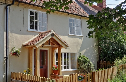 Snaptrip - Last minute cottages - Superb Wells Next The Sea Cottage S17664 -