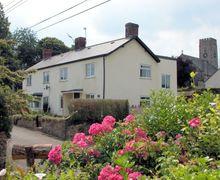 Snaptrip - Last minute cottages - Inviting Wellington Cottage S8943 -