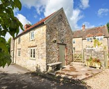Snaptrip - Last minute cottages - Splendid Wedmore Barn S8668 -