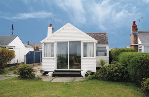 Snaptrip - Last minute cottages - Luxury Winterton On Sea Cottage S17676 -