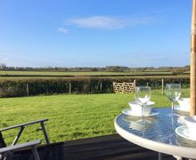 Snaptrip - Last minute cottages - Cosy Dorchester Cottage S7026 -