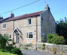 Snaptrip - Last minute cottages - Cosy Richmond Cottage S7084 -