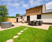 Snaptrip - Last minute cottages - Captivating Camborne Cottage S7087 -