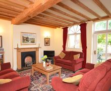 Snaptrip - Last minute cottages - Gorgeous Evesham Cottage S7095 -