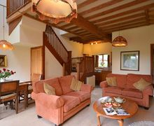 Snaptrip - Last minute cottages - Captivating Evesham Cottage S7097 -