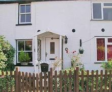 Snaptrip - Last minute cottages - Luxury Winterton On Sea Cottage S17684 -