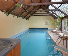Snaptrip - Last minute cottages - Exquisite Parracombe House S7682 -