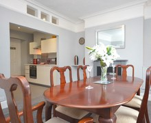 Snaptrip - Last minute cottages - Luxury Brixham House S79032 -