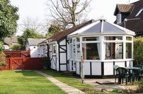 Snaptrip - Last minute cottages - Superb Wroxham Cottage S17712 -
