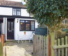 Snaptrip - Last minute cottages - Charming Great Yarmouth Cottage S79038 -