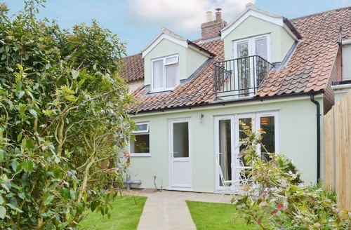 Snaptrip - Last minute cottages - Luxury Wroxham Cottage S17746 -